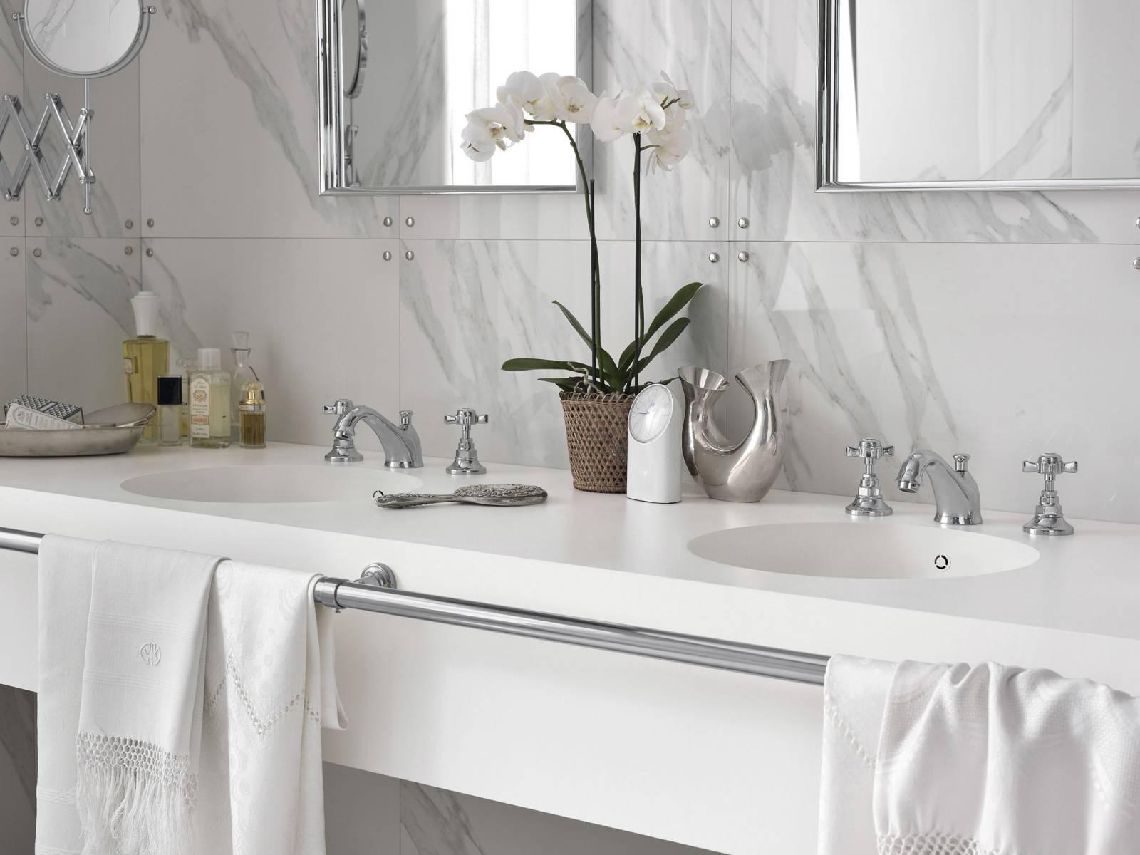 Plan vasque de salle de bain - Corian® solid surfaces, Corian®